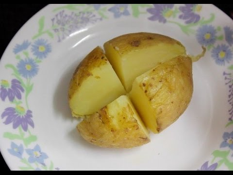 perfectly cooked microwave jacket potato in 5 minutes quick and easy lunch dinner
