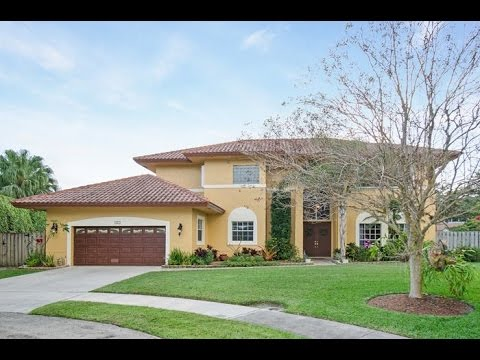 5 bedroom home in jacaranda cay plantation fl home for for 5 bedroom homes for sale in florida