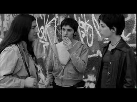 Tan de repente - Suddenly (2002) - Yo no soy Lesbiana