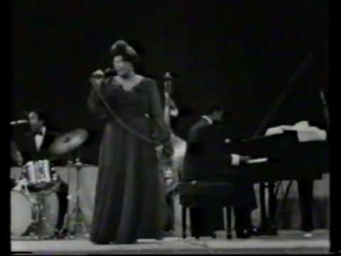 Ella Fitzgerald in concert Berlin 1968 part 1