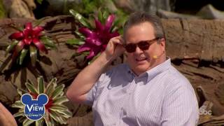 Eric Stonestreet Talks Relationship With Bethenny Frankel, Walt Disney World & More | The View