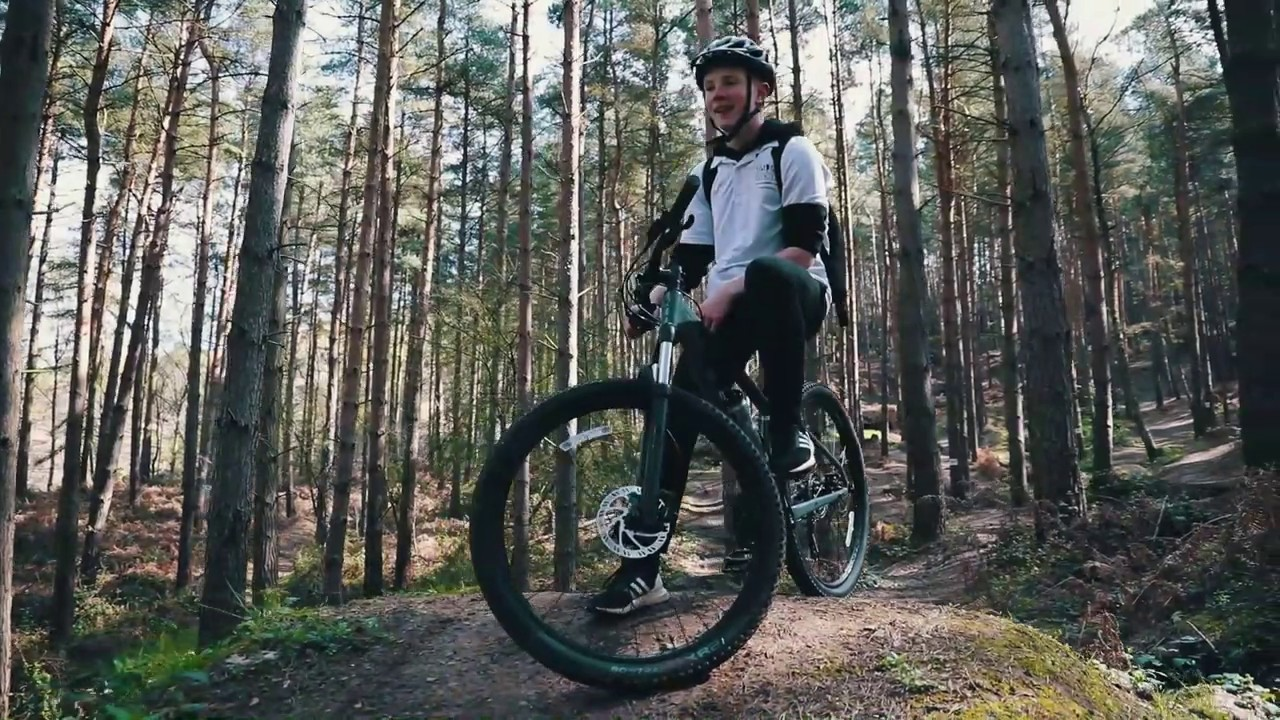 Invictus Sports Mountain Bikes