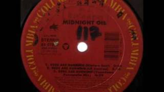 Midnight Oil - Beds Are Burning (Yuendumu Percapella Mix) 1988 R.A.B.P..wmv