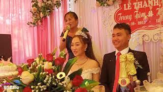 Lê Thị Dần hát đám cưới có vũ công phụ họa bá đạo