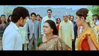 SVSC Dil Raju - Tuneega Tuneega Scenes - Sumanths love for Rhea revealed
