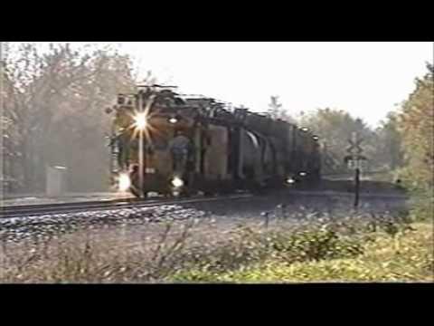 Rail Grinder at work,Neosho Mo..wmv