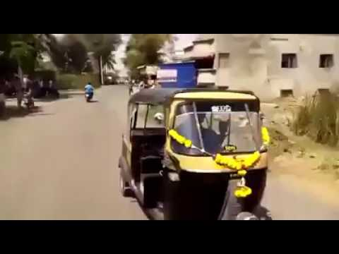what a talent the auto driver as got.