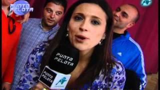 """""""Los Canteros"""" cantan una copla a Punto Pelota"""