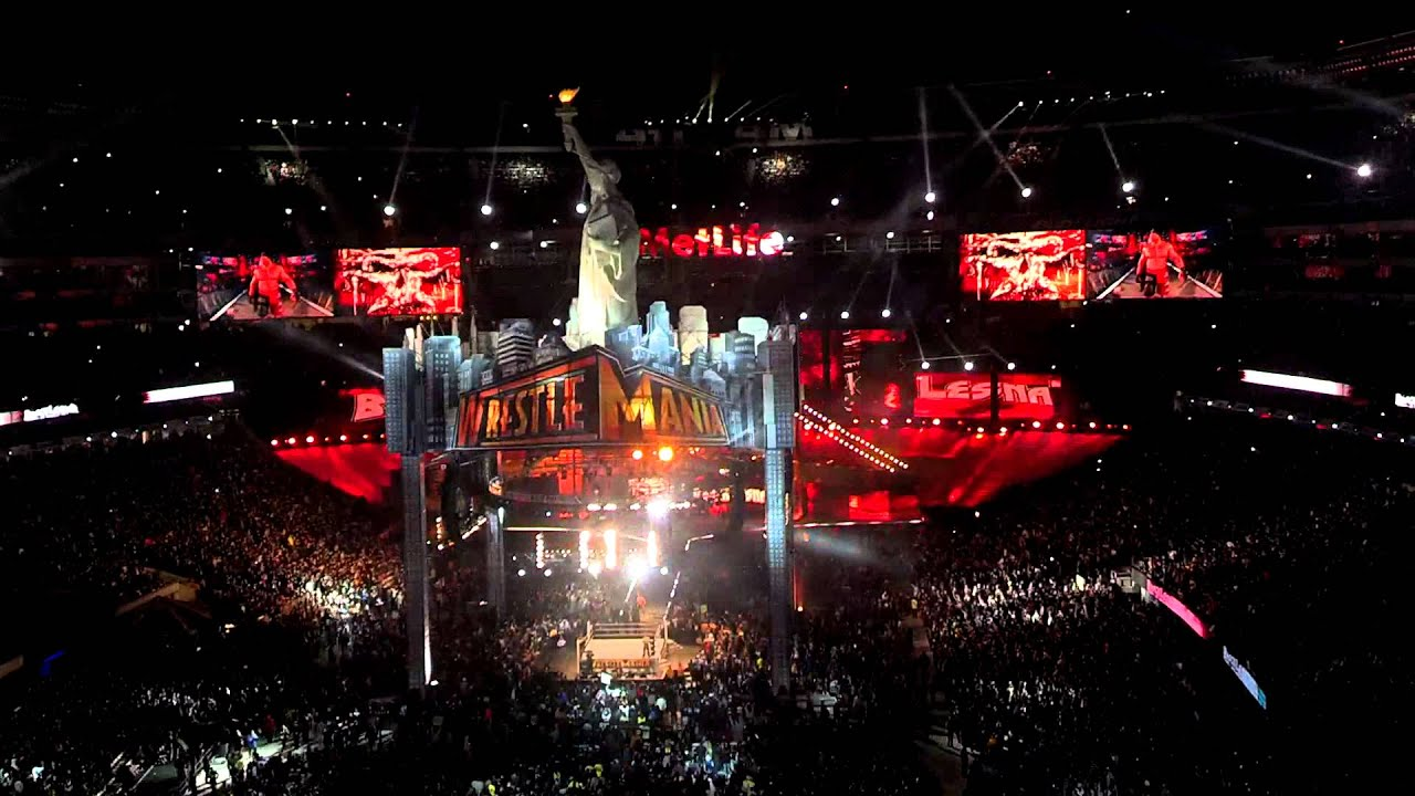 Brock Lesnar entrance at WrestleMania 29 - YouTube
