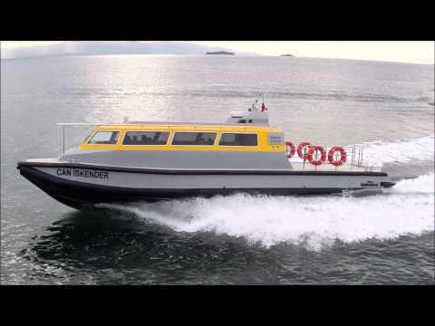 15 meters CREW BOAT - 20 passengers