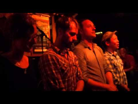The Fugitives sing 'Northwest Passage' by Stan Rogers