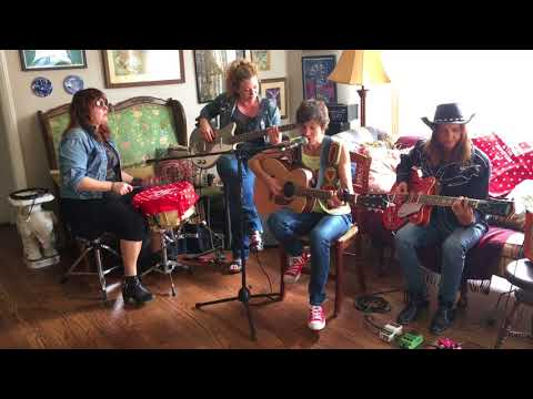 Rebelle Road Presents: Parlour Pick'ns featuring Ashleigh Flynn + The Riveters Mp3