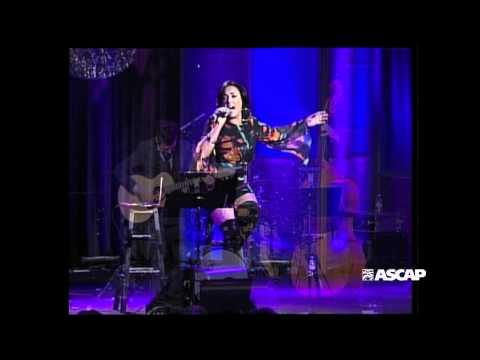 """Claudia Brant performs """"Respira"""" - 2012 ASCAP Latin Music Awards"""