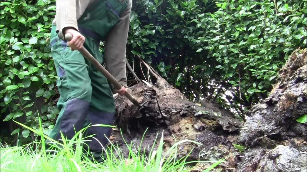 How to make a compost pile - How To Make Great Compost Compost Pile Compost Heap Making Youtube