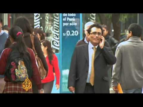 Spaniards seek jobs in Peru