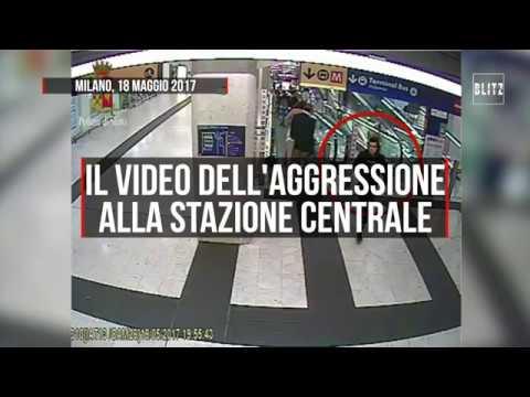 Stazione Centrale di Milano, poliziotto e militari accoltellati: il video completo dell'aggressione
