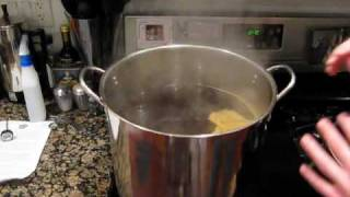 Basics of Home Brewing:  What is a brewing kettle / brew pot?