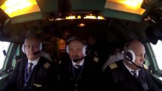 Работа экипажа Ту-154 EW-85748