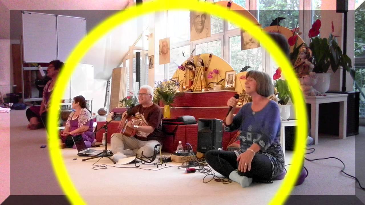 Janmejaya And Friends Radhe Radhe Yoga Vidya Nordsee Youtube