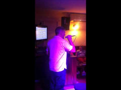 Crazy Karaoke Fat Cats Fun Pub in Alberfeira, Algarve