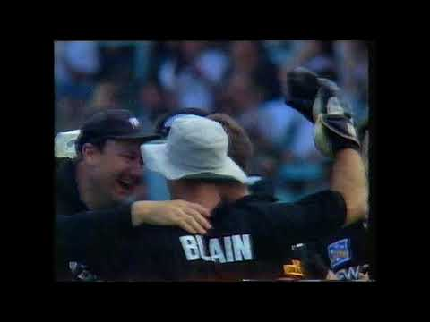 Gavin Larsen gets Basit Ali - NZ vs Pakistan 2nd ODI 1994