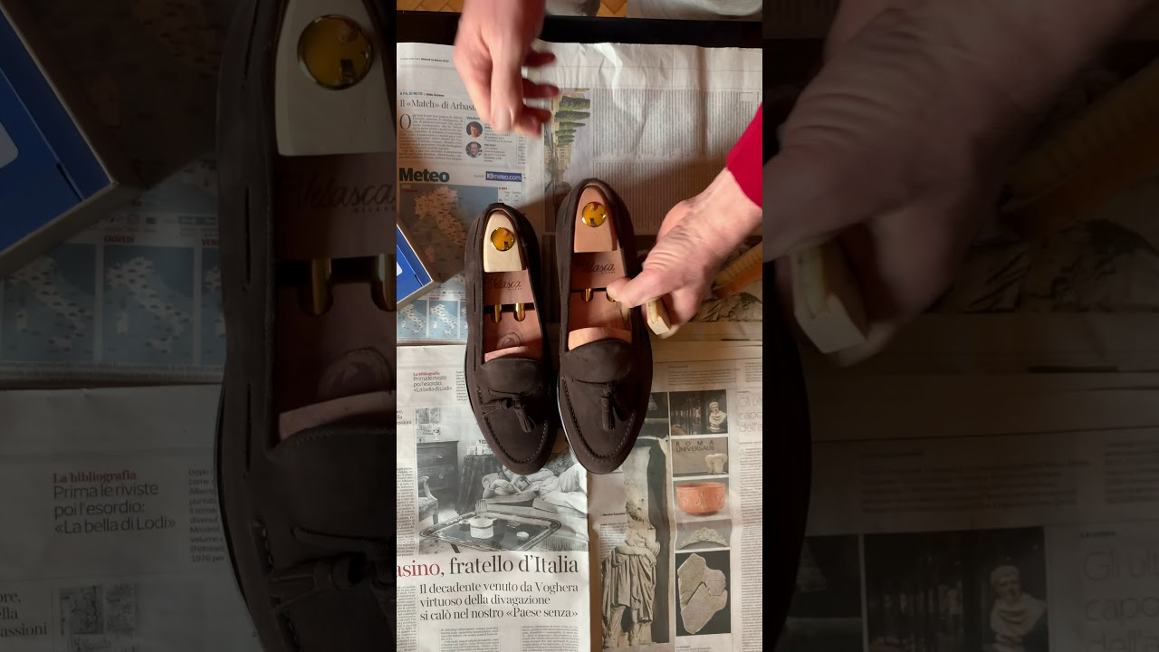 Download Velasca | How to clean suede leather shoes