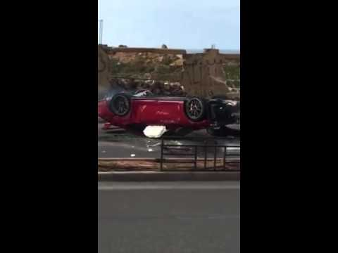 Exotic Rides porsche crashed into a wall beirut lebanon