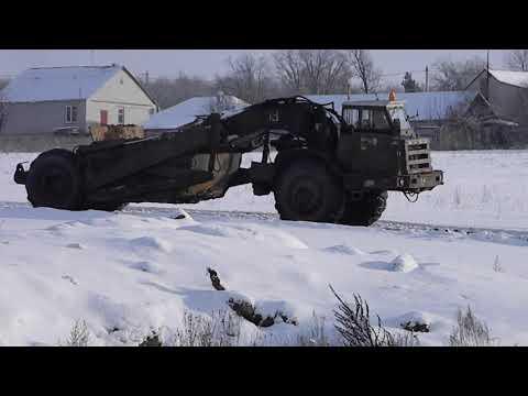 Скрепер Д-357П (ДЗ-11П) с тягачом МоАЗ-546