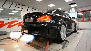 BMW 1M with Akrapovic Exhaust & CRAZY Pops & Bangs Map! - LOUD Sounds & Flames on the Dyno!