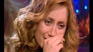 Lara Fabien émue devant la surprise du public de Stars à domicile !
