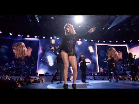 Taylor Swift-Shake It Off (Super Saturday Night)