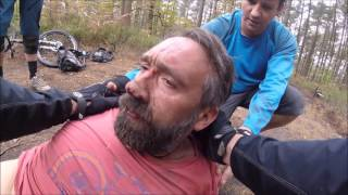 Over the bars mountain bike crash - Rider knocked unconscious. thumbnail