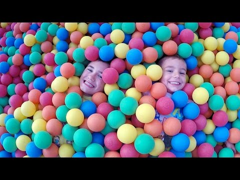 VLOG - Petit Parc 100% FUN - Parc d'Attractions  - 1/2