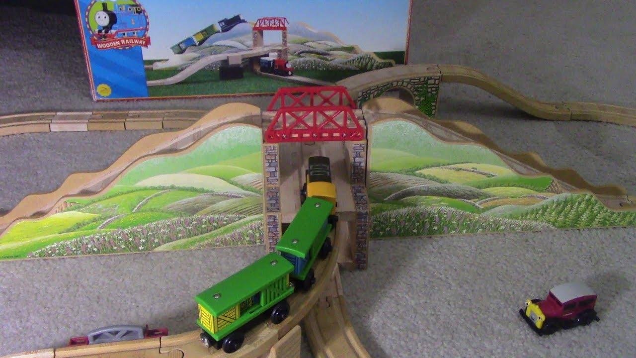 Thomas Wooden Railway Mountain Tunnel Review