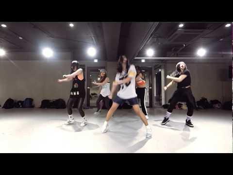 Beyonce-7/11 Mirror. choreography by Mina Myoung