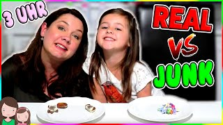 REAL vs. JUNK FOOD 3 UHR NACHTS 👻 Unheimliche Food Challenge at 3AM so SCARY