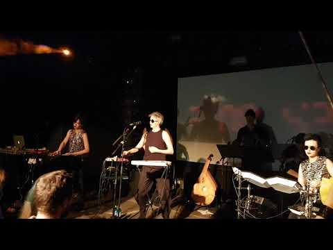 01.06.12 Purple Schulz - Bis ans Ende der Welt (1992) - live in Offenbach / Germany von YouTube · Dauer:  5 Minuten 38 Sekunden