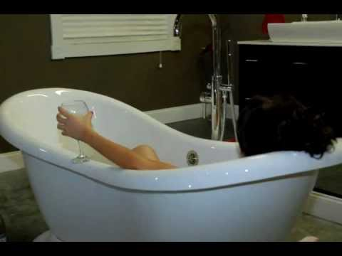 deep soaking tubs soaker bath tubs seattle wa youtube. Black Bedroom Furniture Sets. Home Design Ideas
