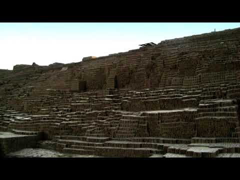 Peru News: A Fire Destroys Walls at Chiclayo's Huaca
