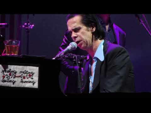 Nick Cave & The Bad Seeds: The Ship Song & Into My Arms (Prague 2017/10/26)