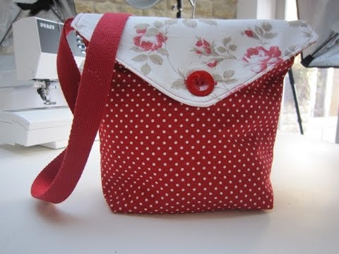 Reversible messenger bag tutorial by Debbie Shore