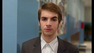 Смотреть видео В Москве госпитализировали Усача из сериала