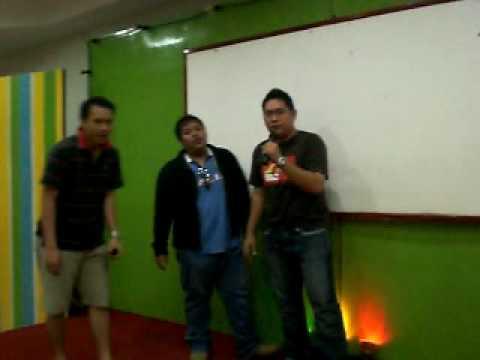 Alfatih,Bul4t & Quepid Trio Karaoke EGN 2009