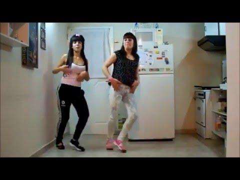 Girls dancing Argentine Cumbia in Buenos Aires