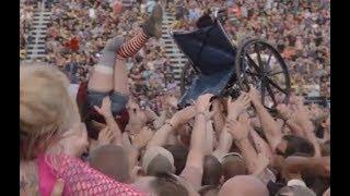 Rock/Metal documentary titled 'Long Live Rock' feat. interviews Korn/Slipknot/A7X + more..!