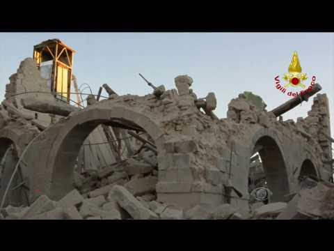 Terremotos voltam a acontecer na Itália