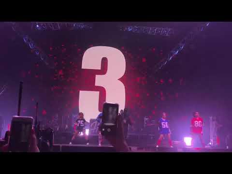 Black M (feat Kalash Criminel) - Dress Code - Eternel Big Black Tour - Bercy (02/12/17)