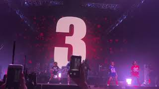 Black M (feat Kalash Criminel) - Dress Code - Eternel Big Black Tour - Bercy (02/12/17)