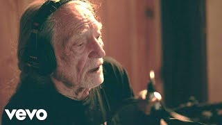 Video Willie Nelson - Summer Wind (Official Music Video) download MP3, 3GP, MP4, WEBM, AVI, FLV Juli 2018