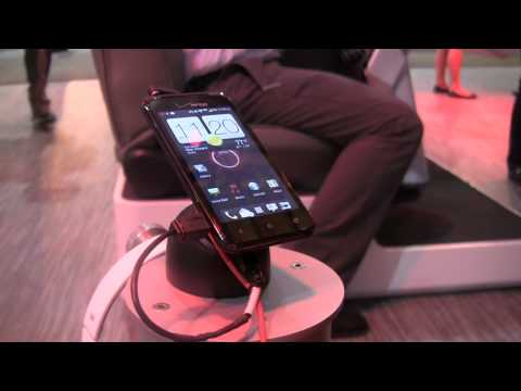HTC DROID Incredible 4G LTE Hands-on [CTIA 2012]